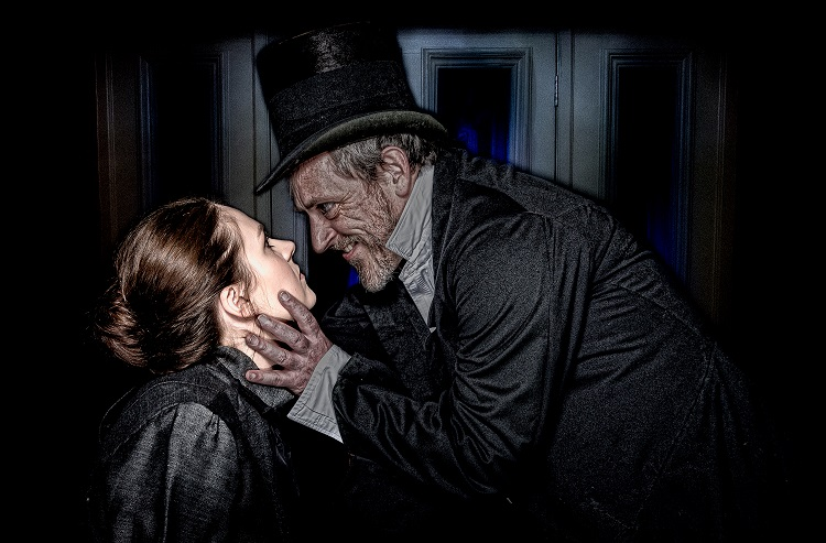 Jes Hynes and Liz Keech star in Dr Jekyll and Mr Hyde at Newport's Dolman Theatre from October 16 - 20, 2018