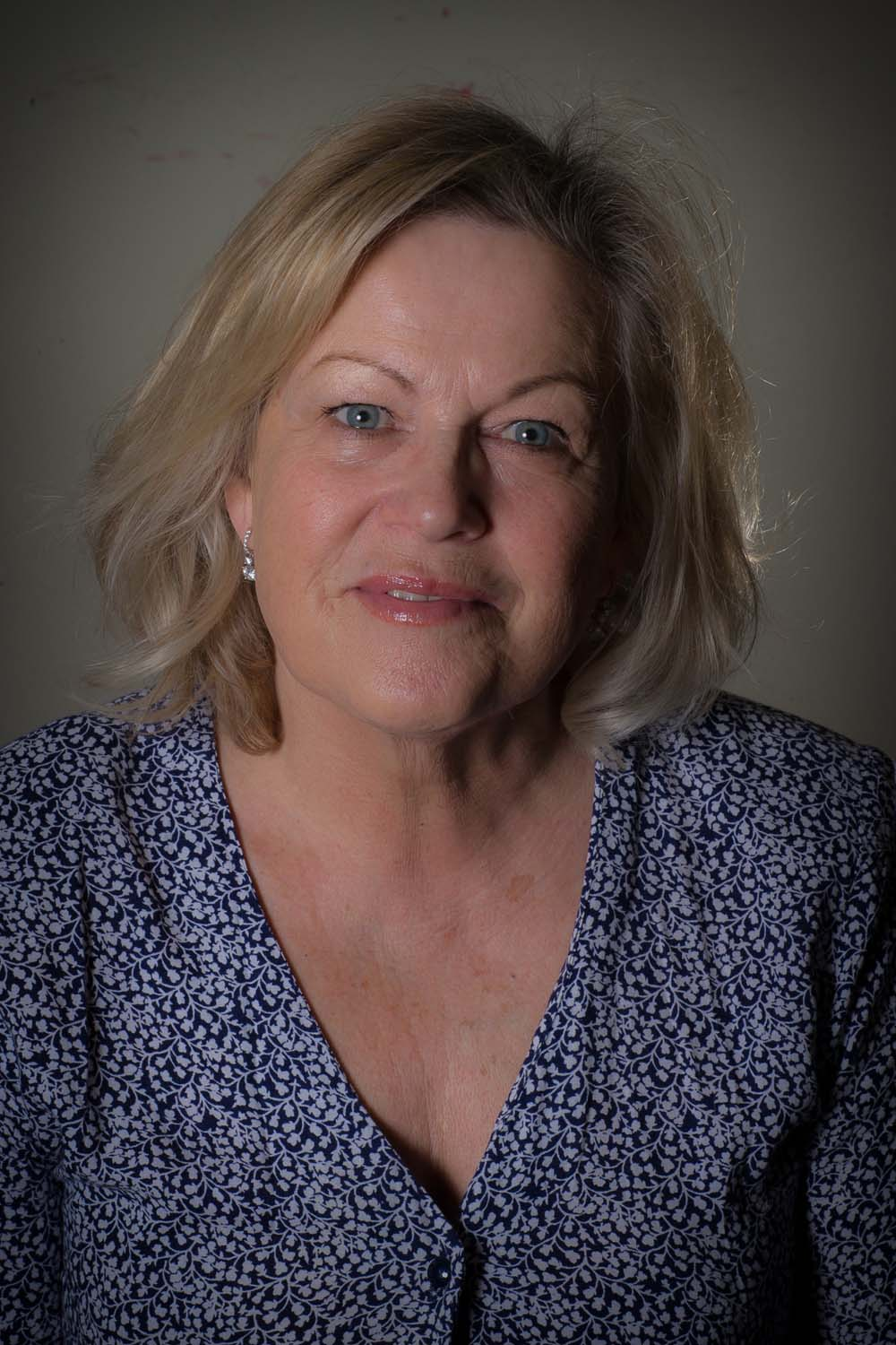 Eileen Symonds in Newport Playgoers presentation of Death of a Salesman by Arthur Miller which runs at Newport's Dolman Theatre from April 9-12. Photographs copyright: Paul Johnson 2019