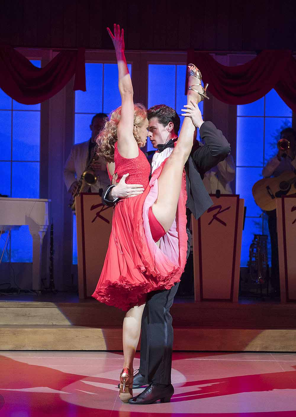 Simone Covele (Penny) Michael O'Reilly (Johnny); Dirty Dancing - The Classic Story on Stage; Photo credit Alastair Muir