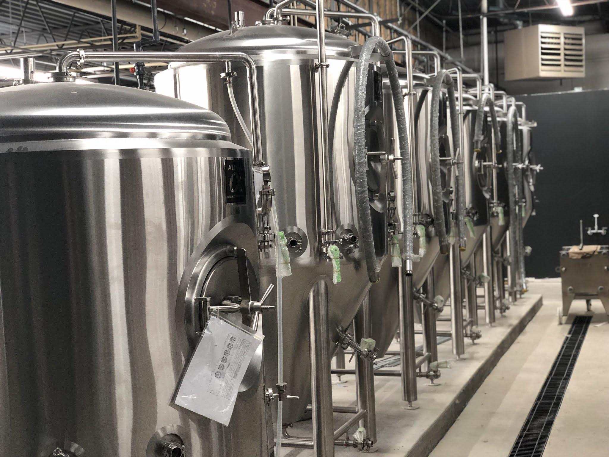 Olentangy_River_Brewing_Fermentors.jpg