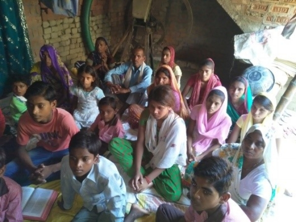 People Listening to God's Word – UP, India