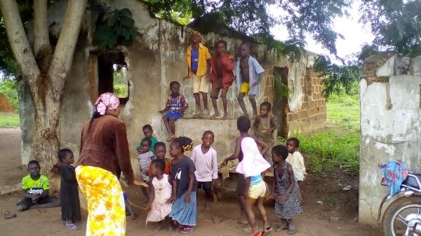 Ministering to Children - Ghana