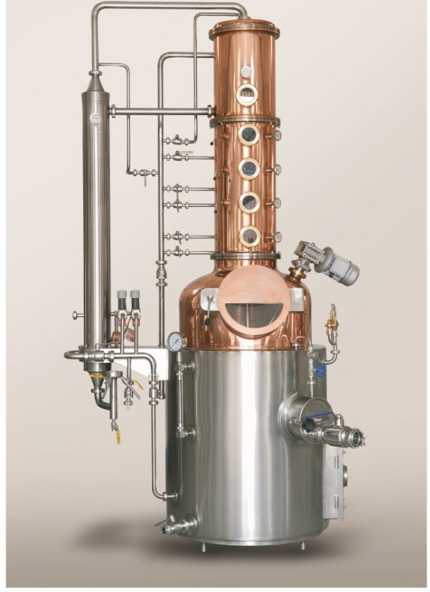 The Light Unit - Model name: GEXDISU-LIUMain equipment:- Pot Still- Rectification Column- Dephlegmator- Condenser- CIP System- PipingMaterial:- Stainless Steel- Copper