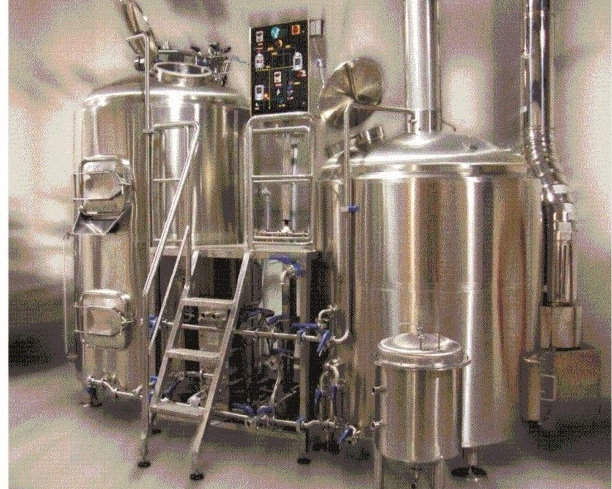 Steam Heated Brewhouse I - Model name: GEXBH-SHB-IMain equipment:- Combi-tank- Kettle whirlpool tunDetails:- Combi-tank: The bottom of mash lauter tun is the top of hot LT- Kettle whirlpool tun: Bottom and shell jackets- Platform- Grist hydrator / Piping / Pump (Frequency control) / Single stage heat exchanger / Wort aeration device / Control box- Temperature controller- Manual valvesOptional:- Steam condensing pipe / Liquor blending system / Racking machine (Frequency control / Shell jacket for mash lauter tun / Mash mixer for mash kettle whirlpool tun (Frequency control / Pneumatic valves & button control / Spindle stationSizes:- 5BBL / 10BBL / 15BBL / 20BBL or completely custom built