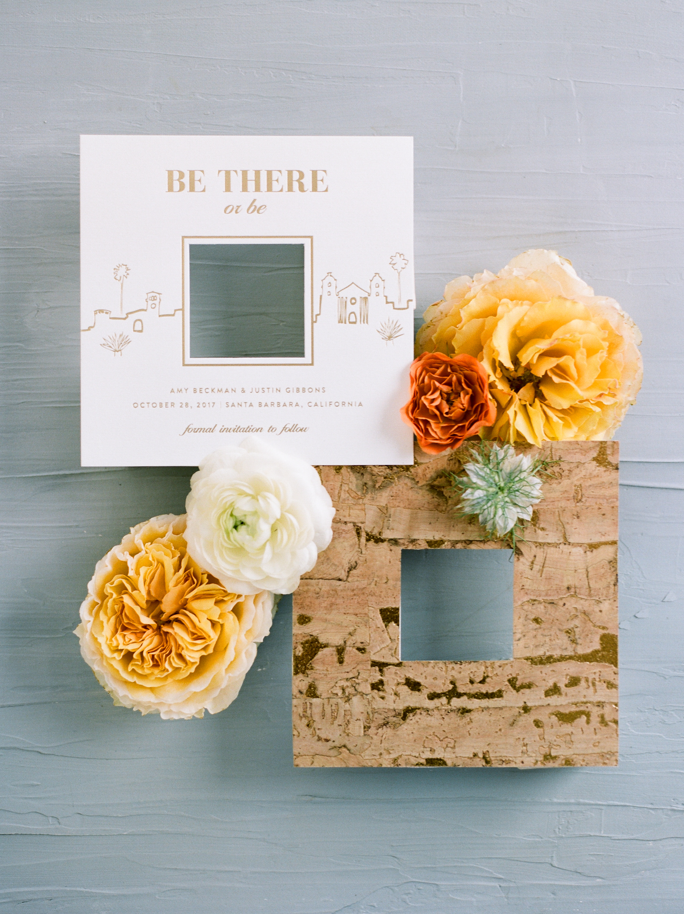 Photo by  Anna Delores Photography  / Save the Date by  Oak and Orchid