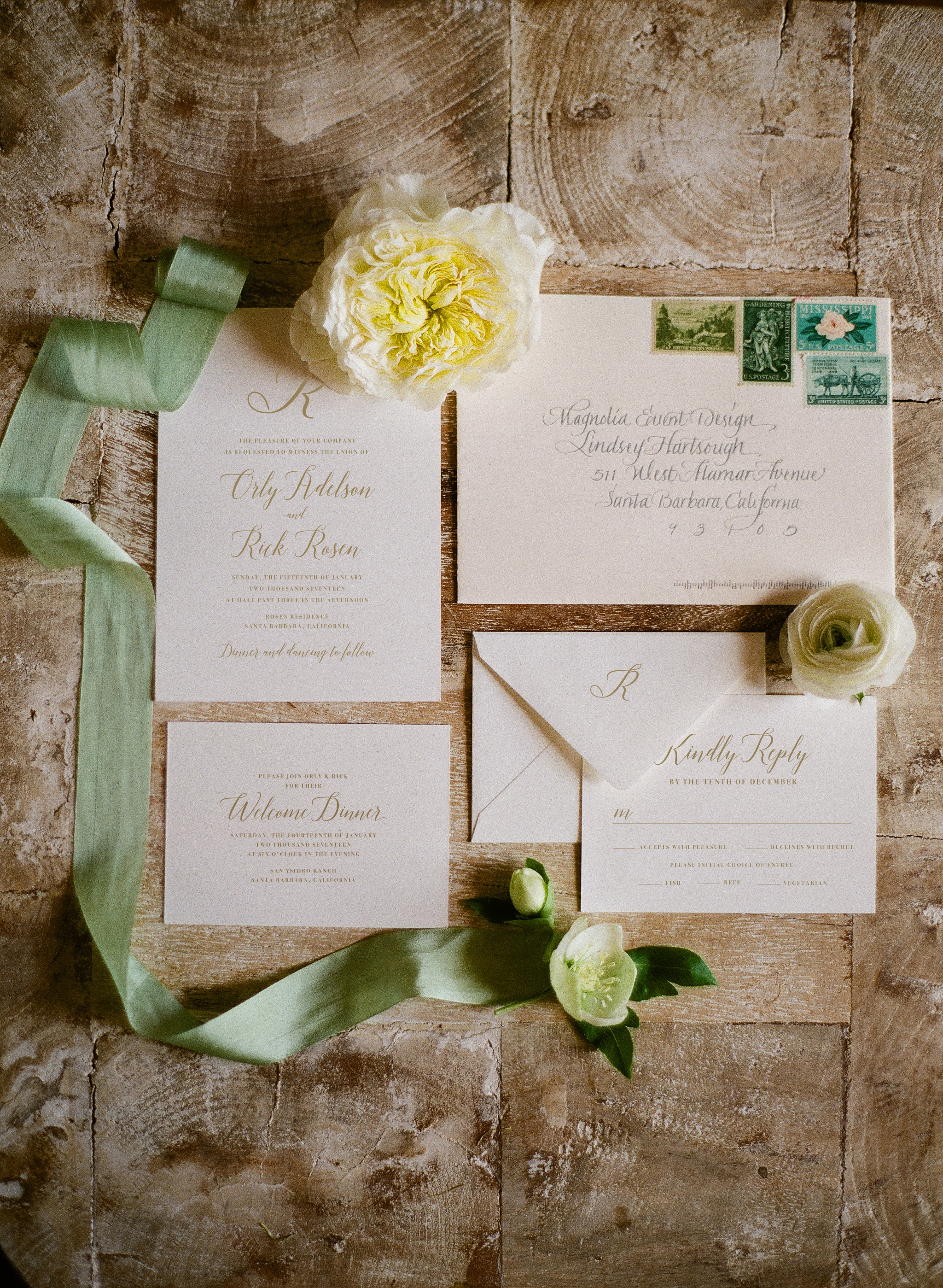 Photo by  Megan Sorel  / Invitation by  Oak and Orchid
