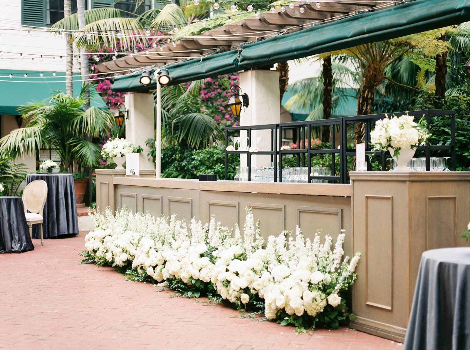 loggia+terrace+bar+four+seasons+santa+Barbara+Wedding.jpg