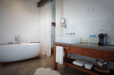 king bath.JPG