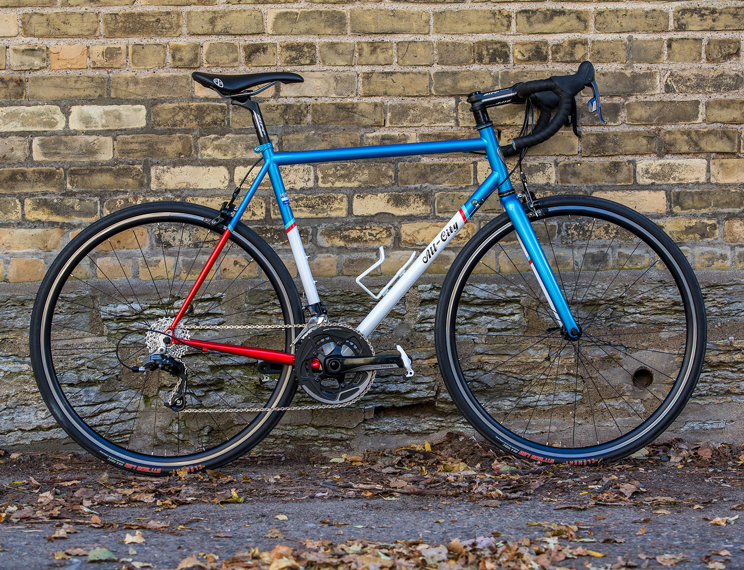 All New, All-City, Mr.Pink. Classic Merckx team colours and a Whisky Carbon fork! Saweet! In stock now.