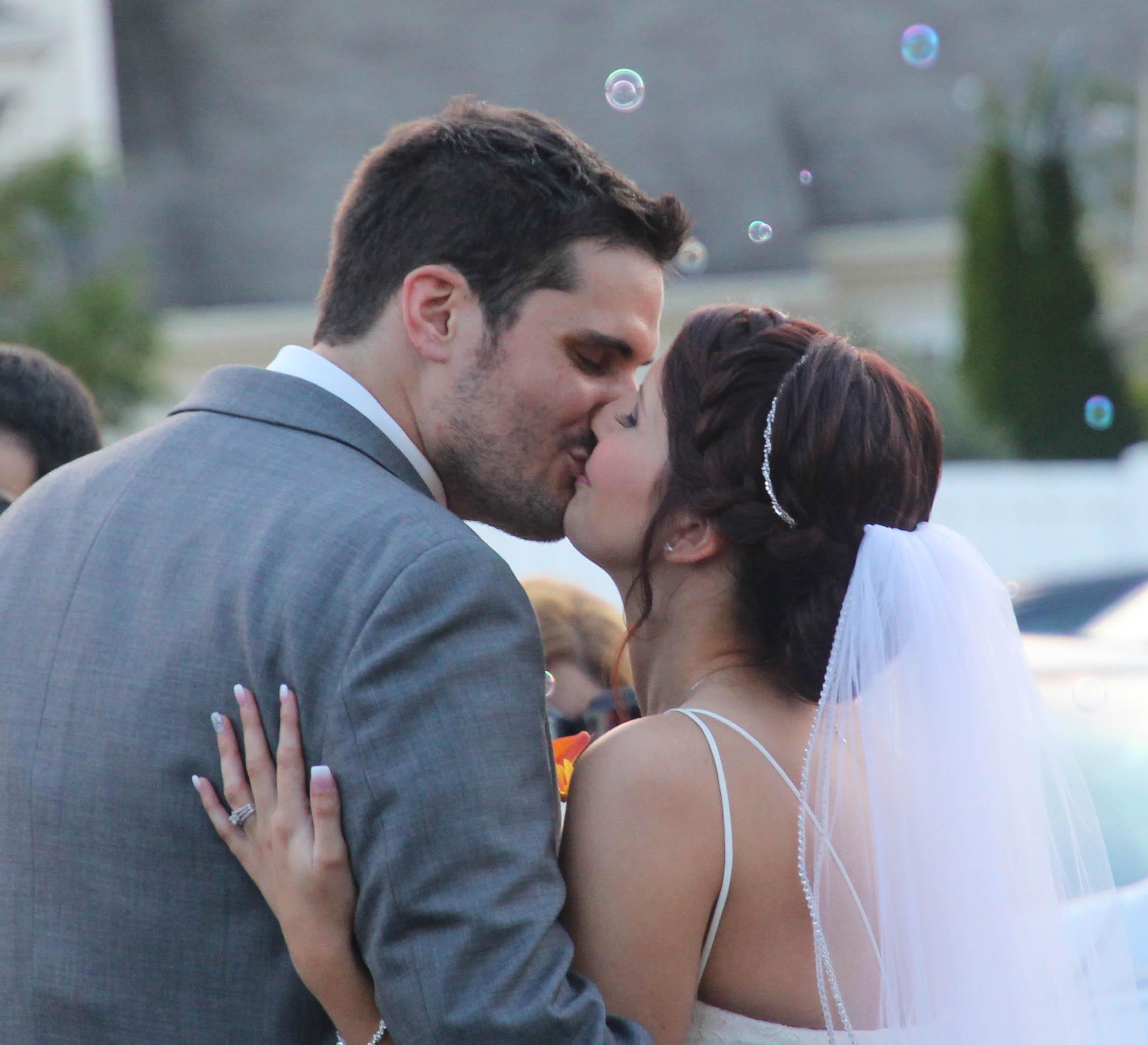 cover kiss.jpg