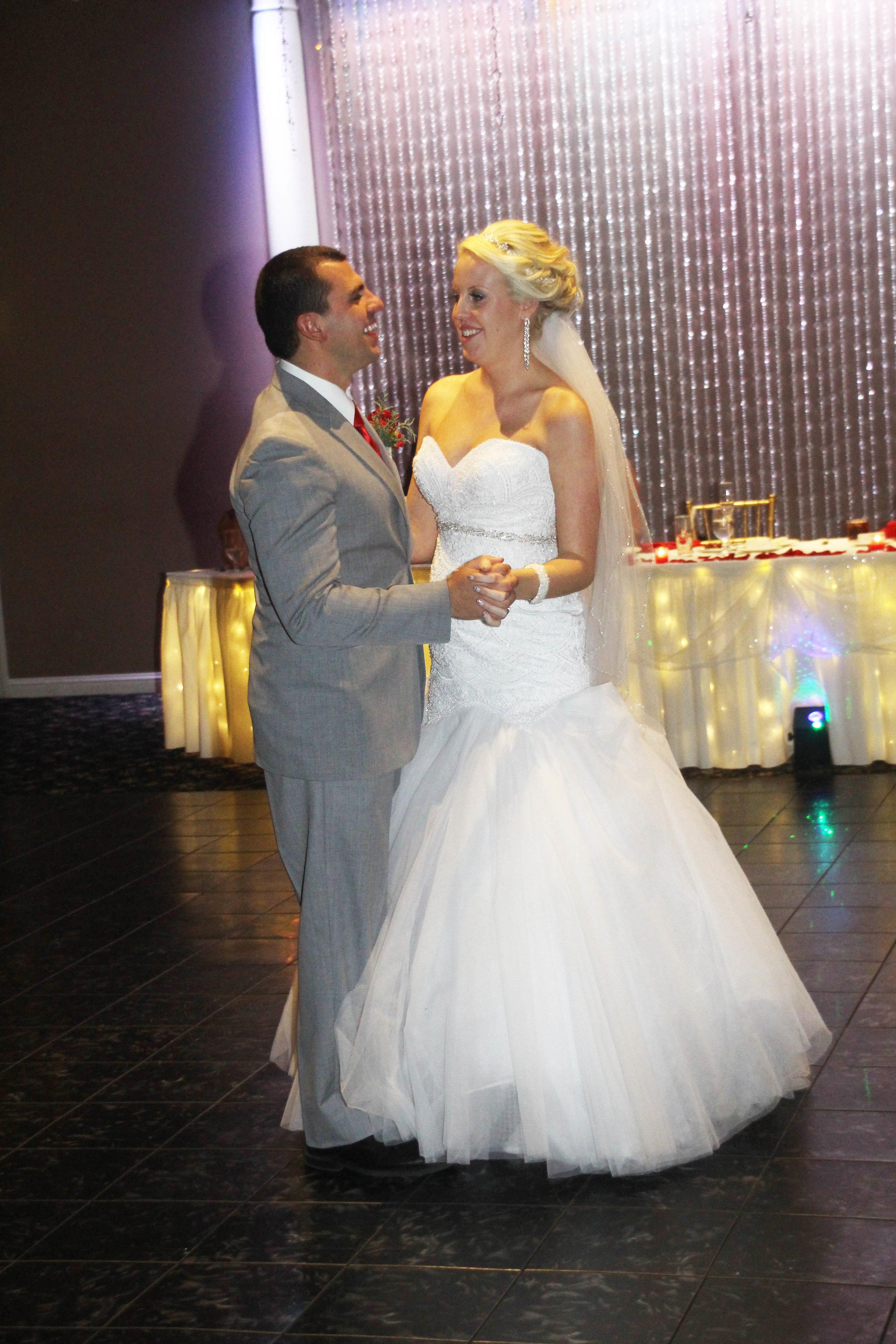 Congratulations Hannah & Dominic!