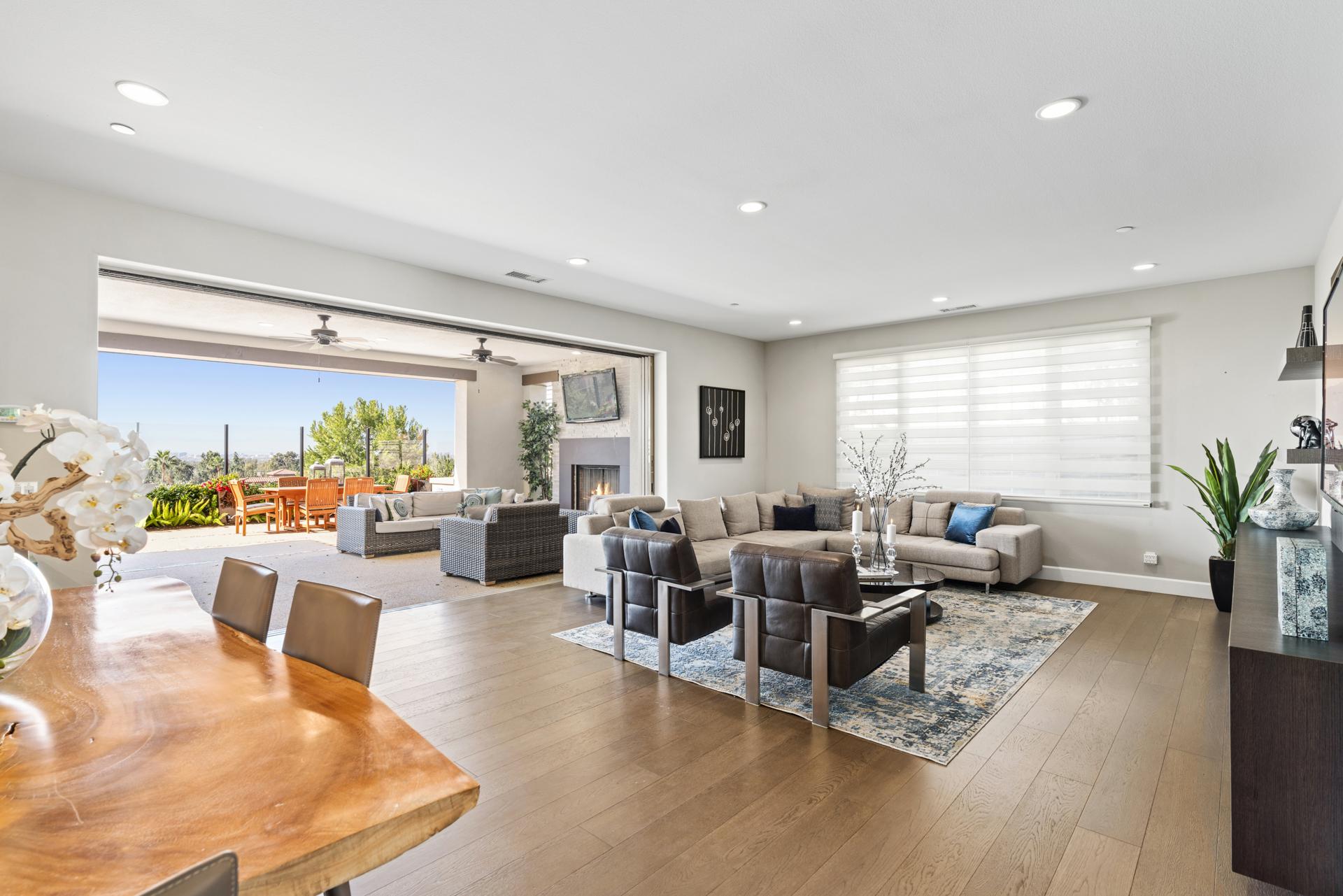 139 Sunset Cv - $2,200,000
