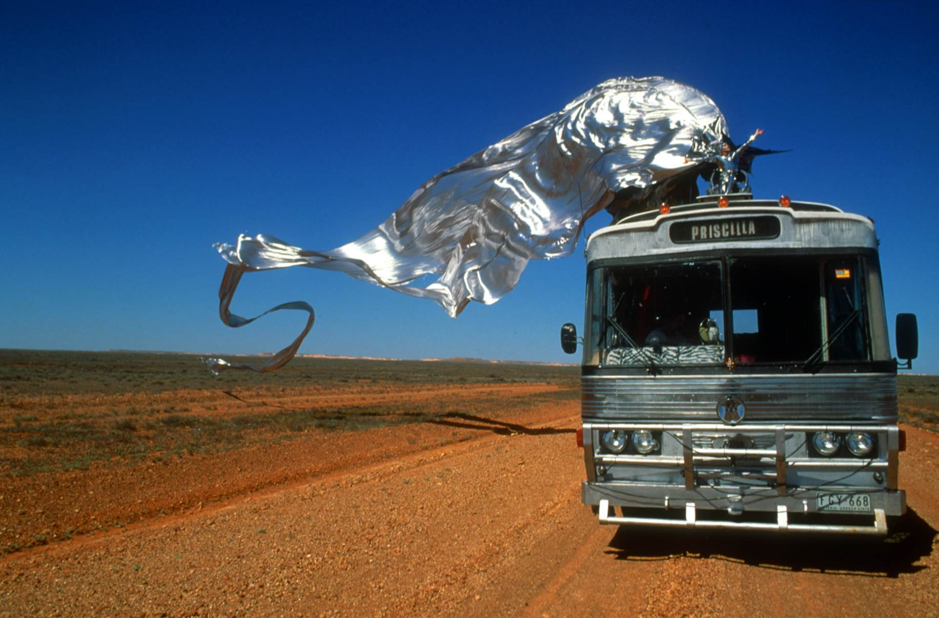 Priscilla Bus