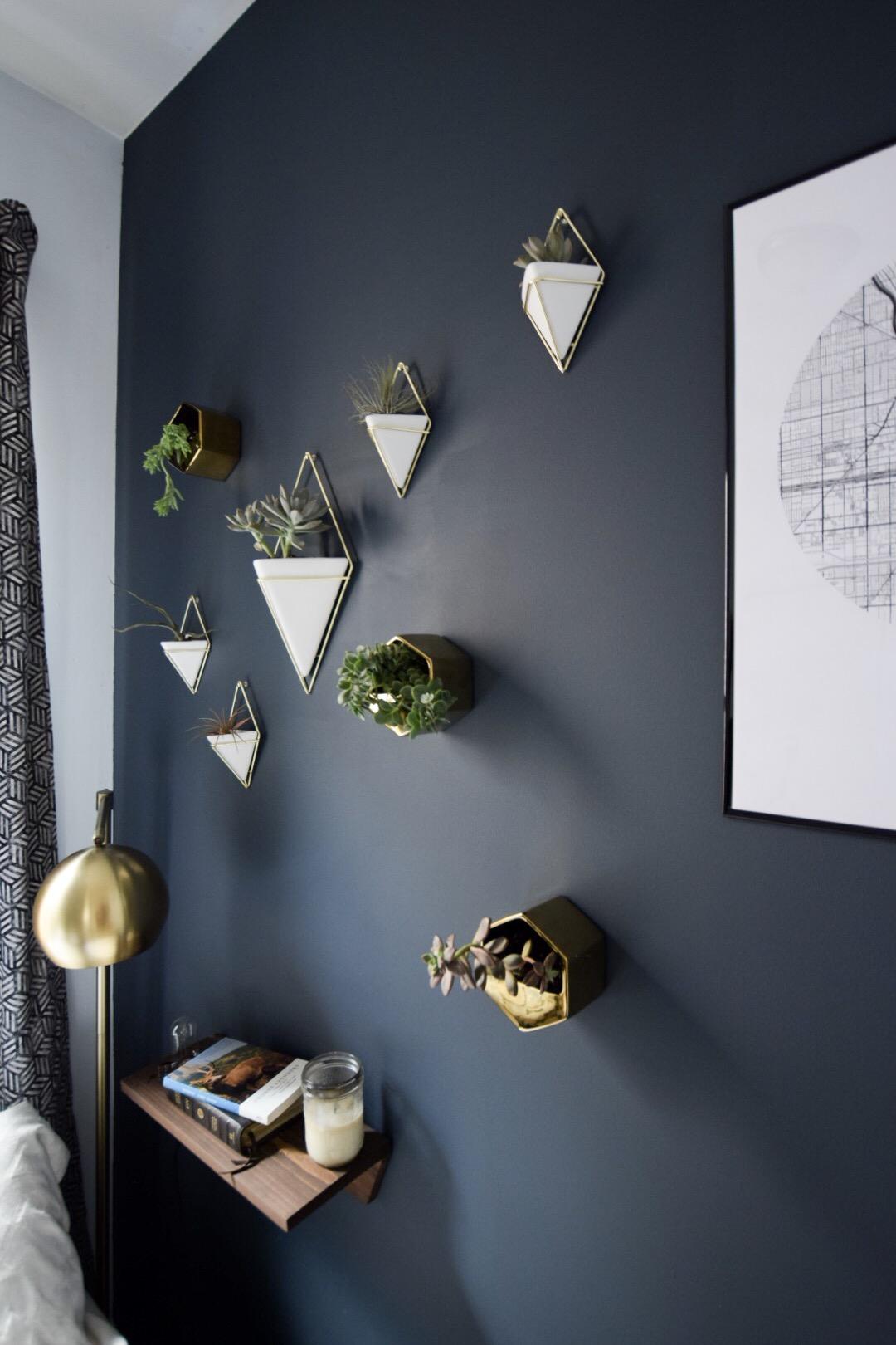 modern-wall-planters