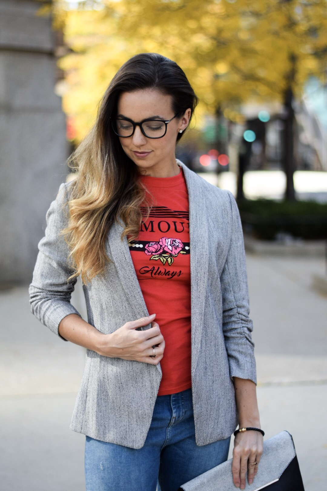 womens-fitted-blazer-narrow-lapel