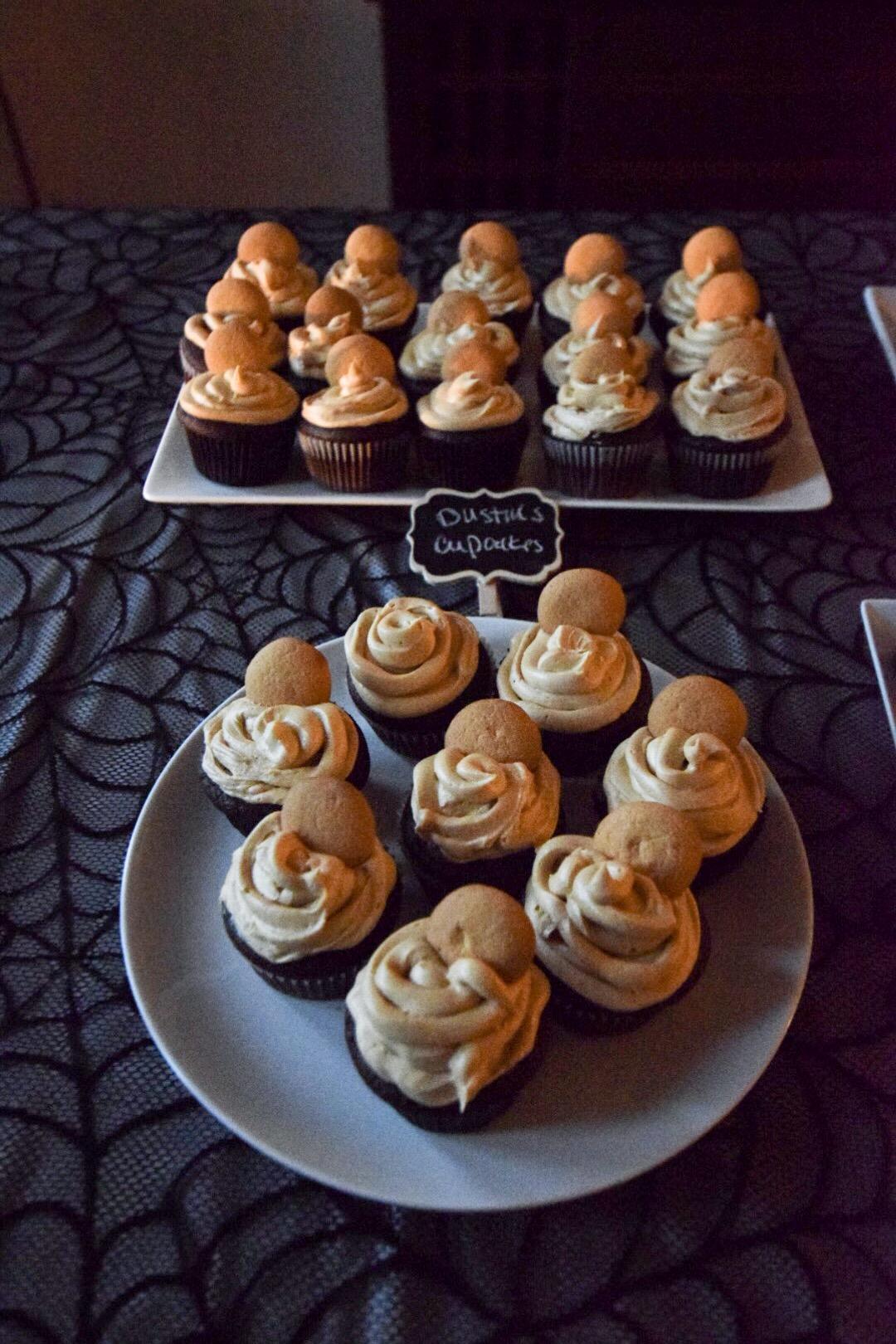 stranger-things-dustin-cupcakes