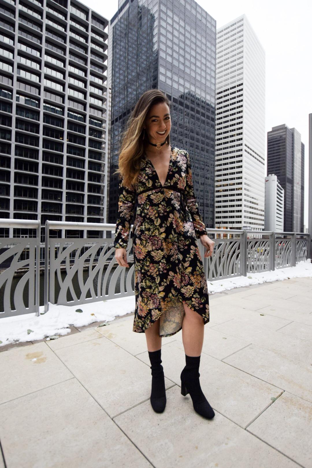 womens-thanksgiving-fashion-floral-dress