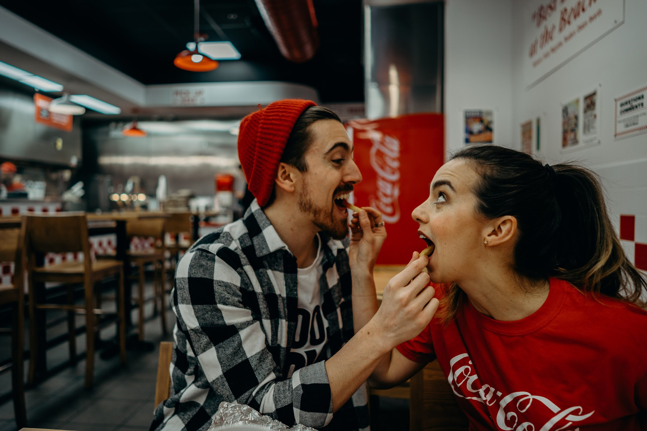 funny-chicago-blogger-couple