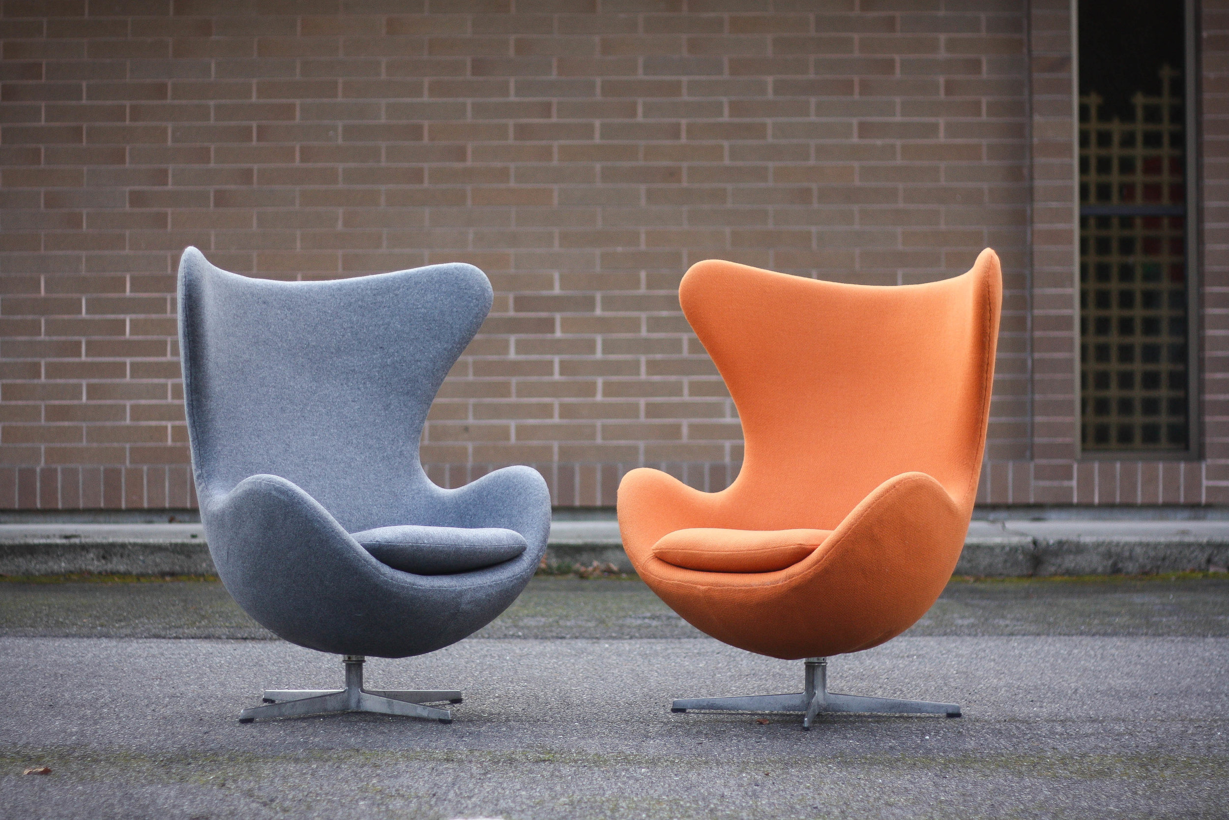 Arne Jacobsen For Fritz Hansen Egg Chairs W Tilt Control