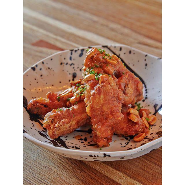 Original TakuMen Chicken Wings🍗  @takumenlic  #izakaya #japaneserestaurant  #japanesetapas #lic #longislandcity #lunch #dinner #ramen #ricebowl #chickenwing #鳥の唐揚げ #spicy #chicken #friedchicken #asiantwist