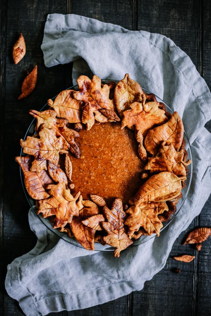 Pumpkin Pie Recipe with Decorative Leaf Crust