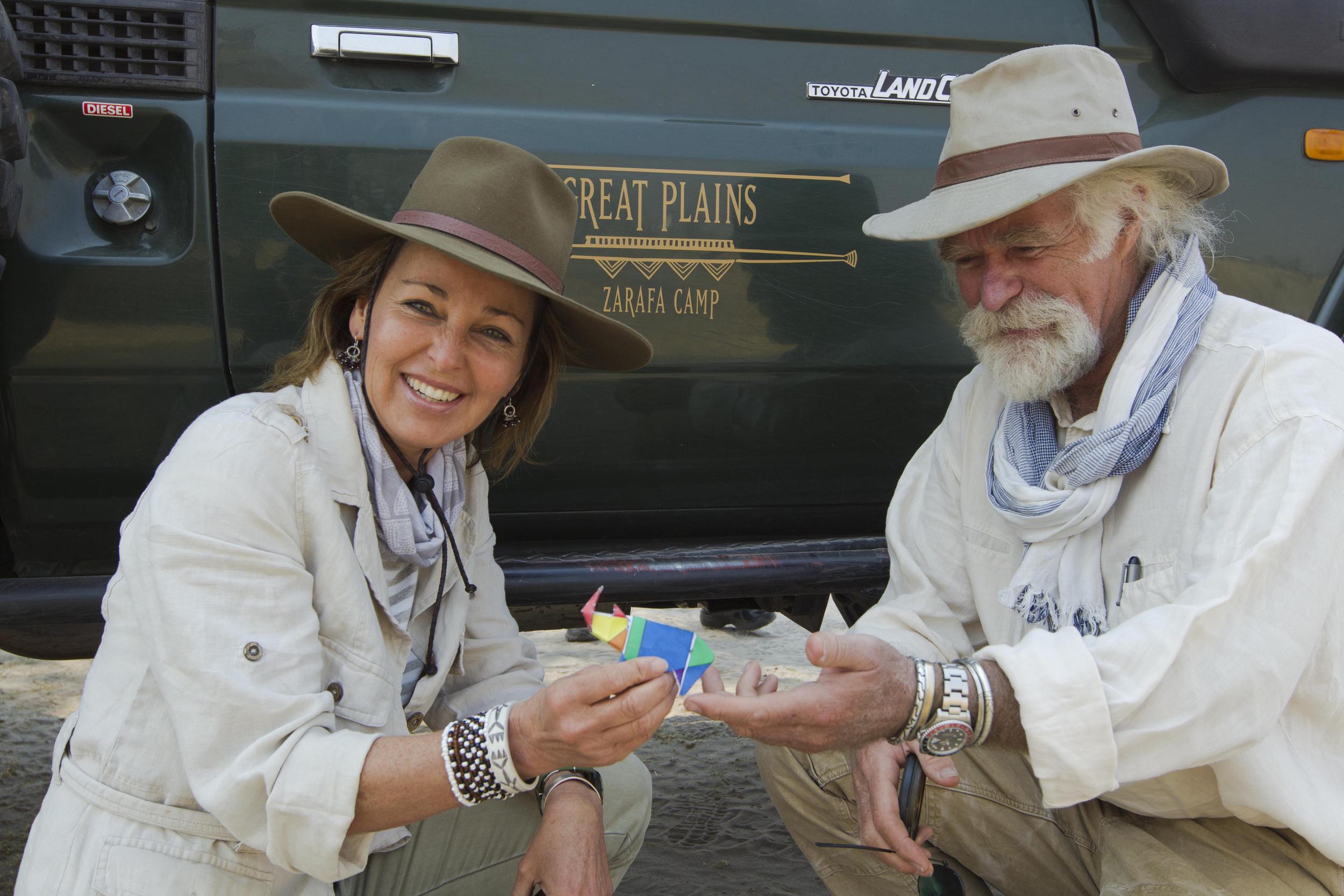 Beverly and Dereck bring the Origami rhino t Zarafa camp_Selinda Reserve_Botswana_BJoubert20140831_0083.jpg