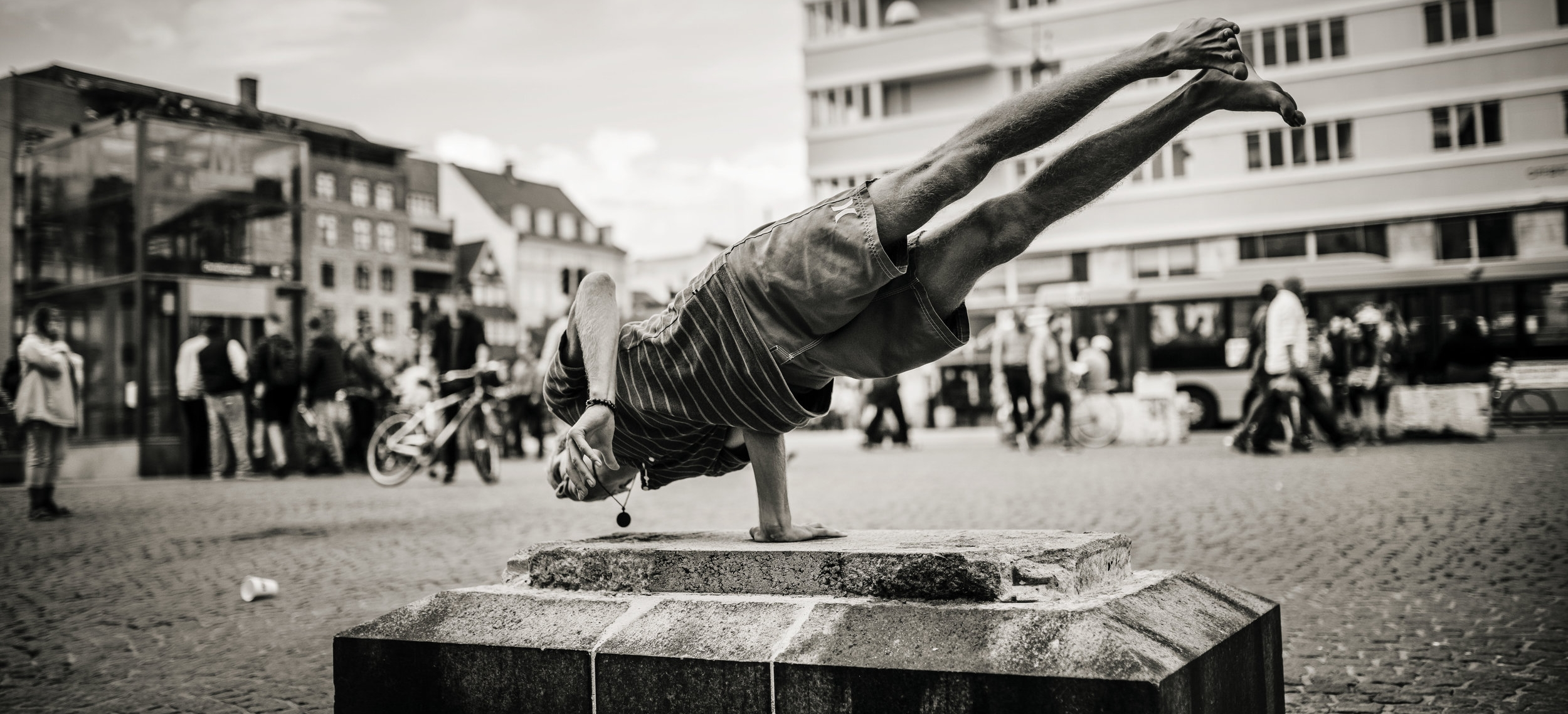 The-Yoga-Flat-Christianshavn-København-armbalance