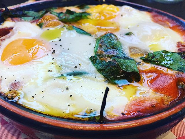 These Mexican baked eggs had heaps of flavour with a bowl packed with beans, chorizo and greens, topped with two baked eggs and served on a board with toasted sourdough at the hidden but worth finding Dinoni Cafe in Thornleigh Sydney #eggs #baked #breakfast #eat #brunch #cafe #mexican #beans #delicious #tasty #chorizo #thornleigh #sydneyfoodblogger #sydney #sydneyfood