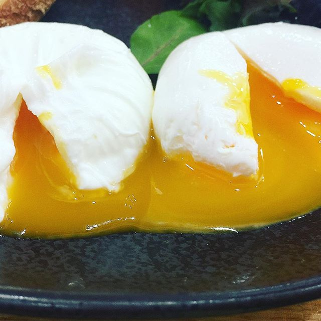 Some colourful yolk action from Redleaf Piccolo in Wahroonga Sydney #yolk #yolkporn #egg #eggs #breakfast #delicious #brunch #delicious #cafe #eat #tasty #wahroonga #sydneyfood #sydneyfoodblogger #sydney