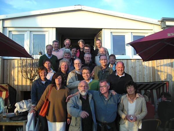 """am Pfingst-Samstag 2009 um 18 Uhr in der """"Arche Noa"""" ist ein Treff des 74er Abi-Jahrgangs zum 35. Jubiläum geplant"""