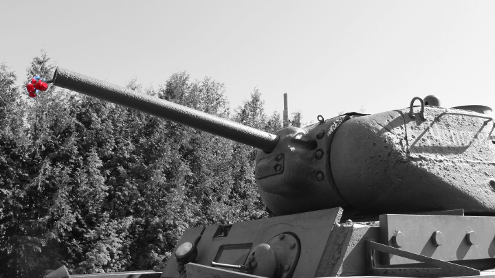 EasternFront_MoscowTank.png