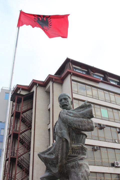 © Matthew Williams/The Conflict Archives: The statue of Isa Bolenti in Mitrovica.