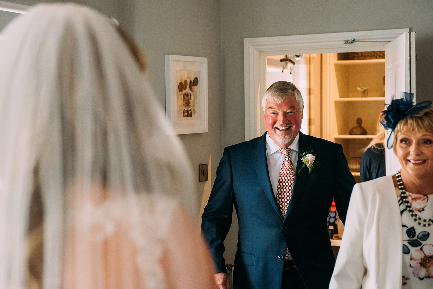 dad first see's the bride in her dress