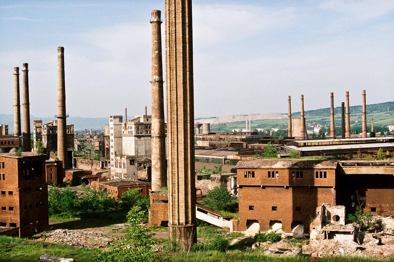 3-Ancien combinat d'Hunedoara-Roumanie-2006.jpg