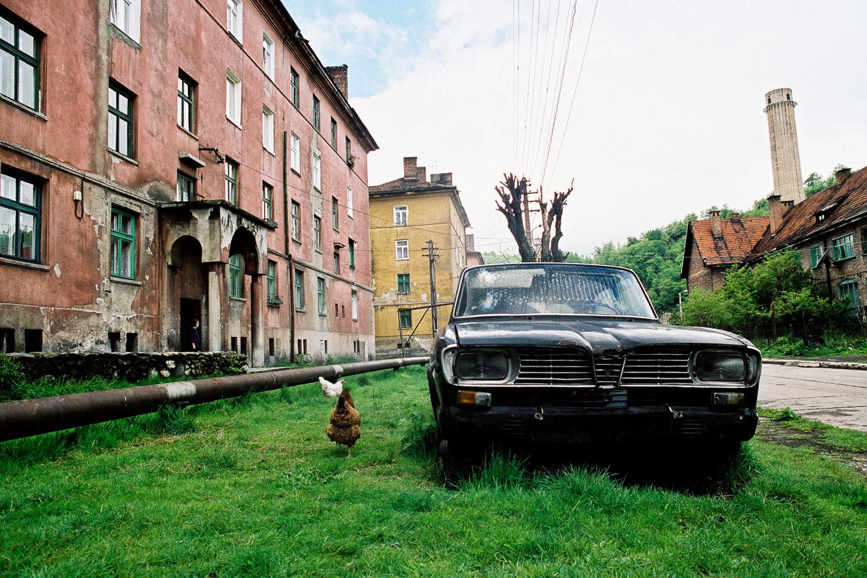 14-Maisons ouvrières-Vulcani-Roumanie-2006.jpg