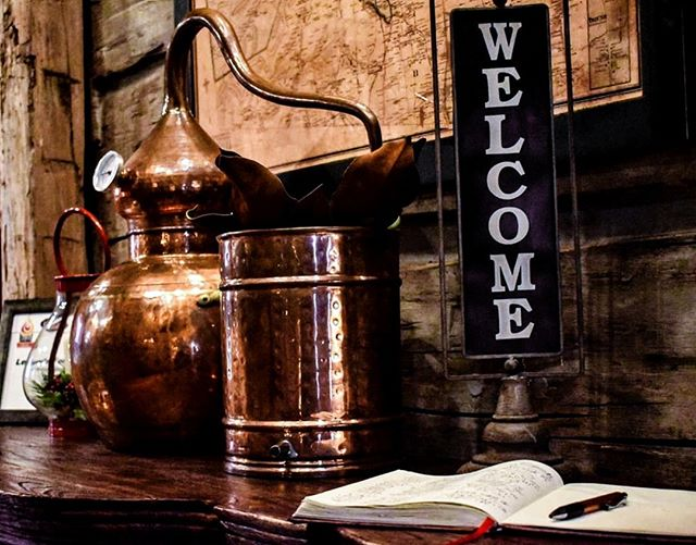 At Leiper's Fork Distillery, all are welcome. 😊⁣ Regram @amythekyle⁣ .⁣ .⁣ .⁣ #bourbonlifestyle #bourbon #whiskey #TNWhiskey #TnWhiskeyTrail #smallbatch #smallbiz #distillery #spirits #graintoglass #tennesseewhiskey #tastingroom #whitewhiskey #mixology #craftspirits #handcrafted #smoothfinish #happyhour #brownwater #singlebarrel #whiskeyporn #imbibe #rye #highonrye #welcome #distill #drinks #nightout #distilledspirits #distilleryevents