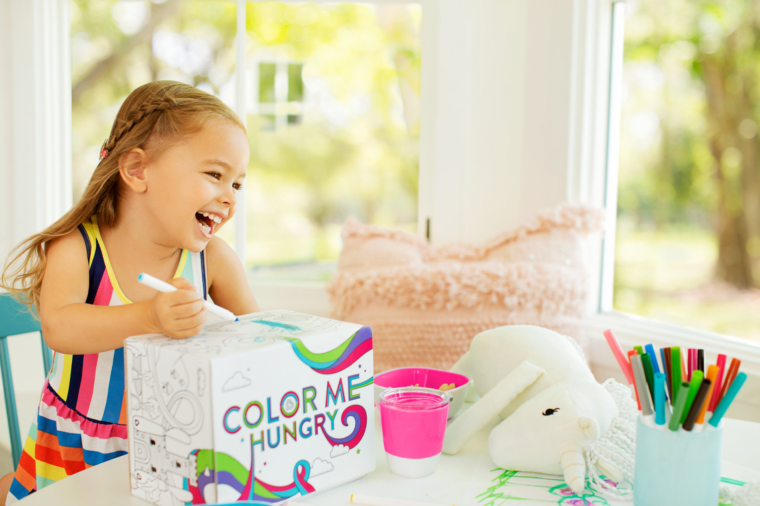 Large JPG-37287 – COLOR ME HUNGRY SPLASH GIFT BOX_240_RT_PNK.jpg