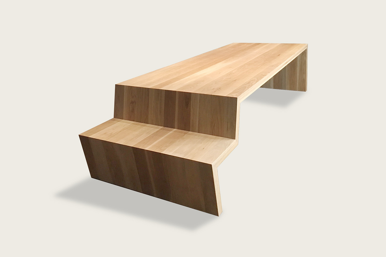 +Table in solid oak - Speke Klein