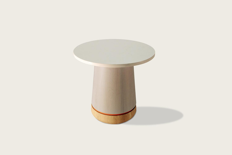 Phase Cocktail Table in oak - Speke Klein