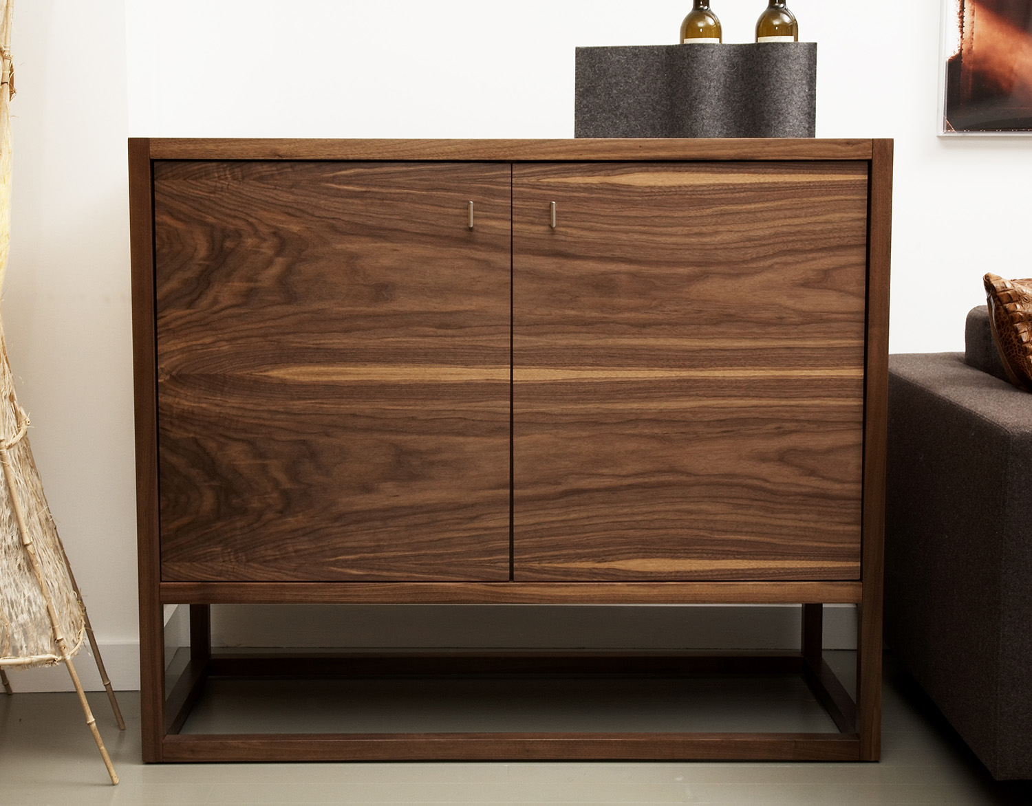 craftsmanship - Speke Klein furniture products are designed to last for many generations, and apply the finest modern production methods together with time-tested traditional techniques of woodcraft including speciality joinery, book-matched veneer and hand-finishing.