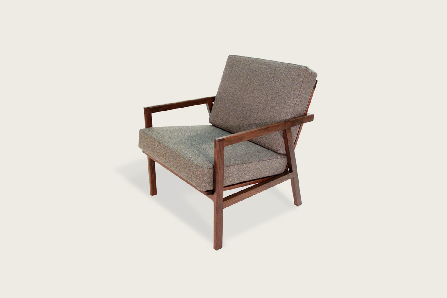adam_lounge_walnut_front.jpg