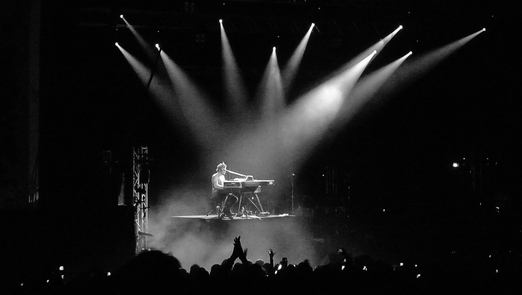 D'Angelo performing at Brixton Academy, February 2012. Photo credit: Phil Sheard