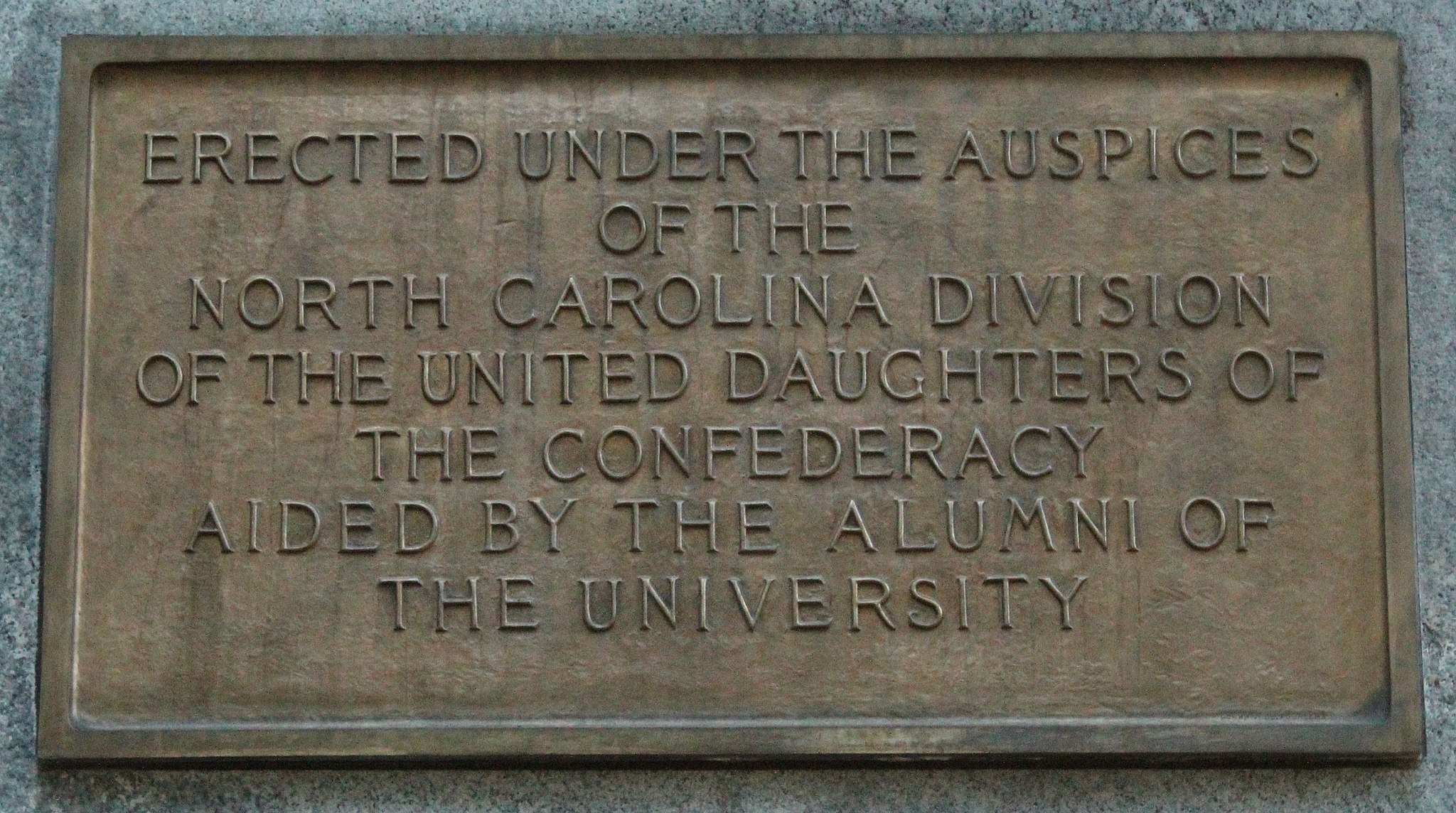 Plaque on the pedestal of Silent Sam. Photo by Hameltion via Wikimedia Commons
