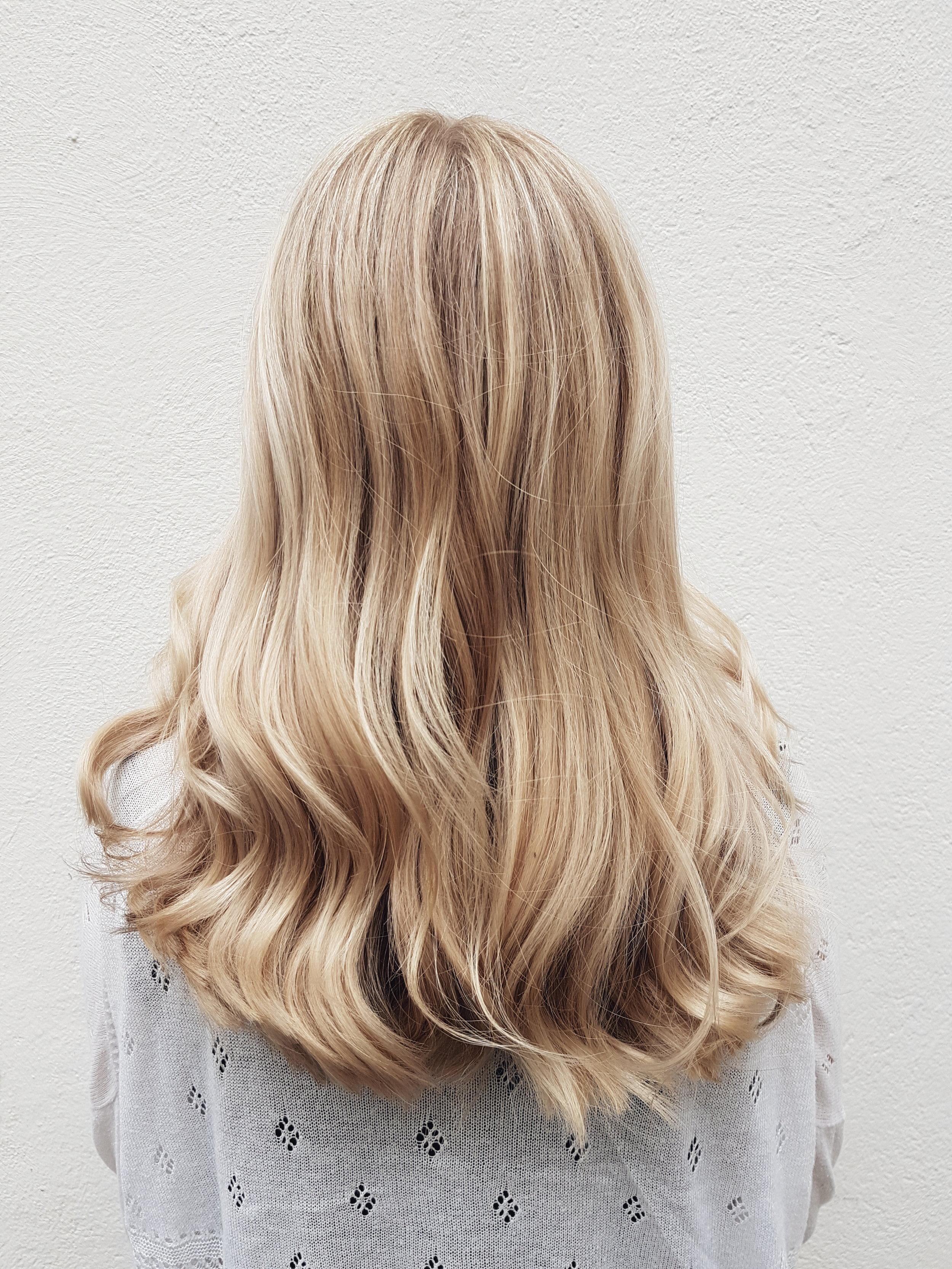 Hair and photos by Susanna Poméll Model: Kati