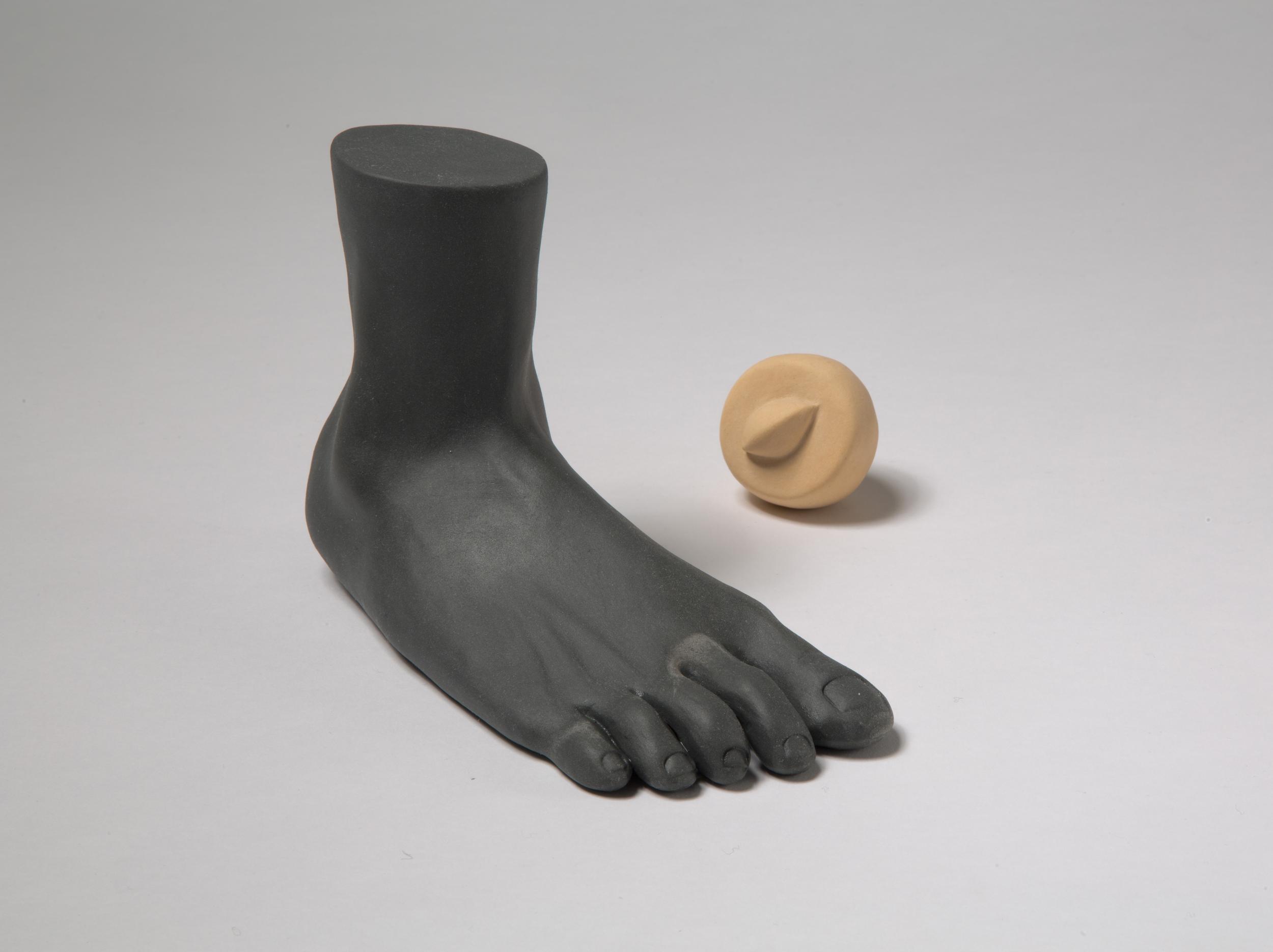 GenesisBelanger_ceramics_foot.jpg