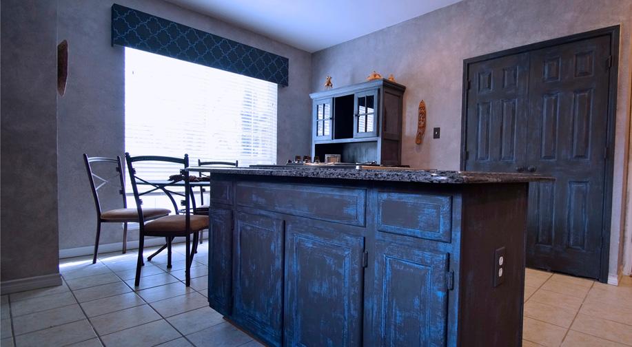 Kitchen_South_lg.jpg