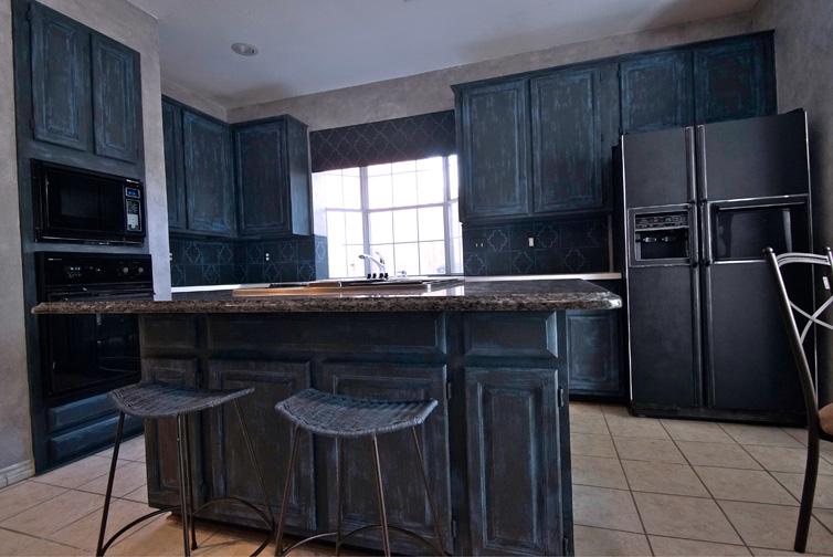 Kitchen_West_lg.jpg