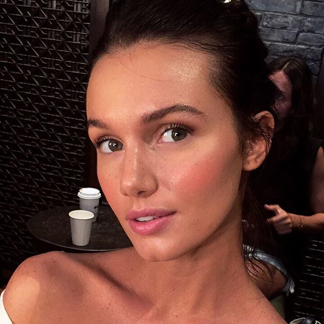 @haileyoutland for last nights @seafollyaustralia show #miamiswimweek makeup executed by me @nicholegarces keyed by Soleil Atiles @glamsquad  using #maccosmetics face and body & eye brows pencil #narsissist radiant creamy concealer #kevynaucoin cream blush #benefitcosmetics watts up #mac charcoal brown e/s & #makeupforever aqua seal for #fauxfreckles