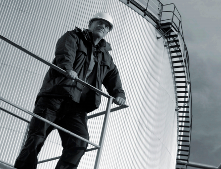 Reduce the risks of tank gauging by using work practice contro