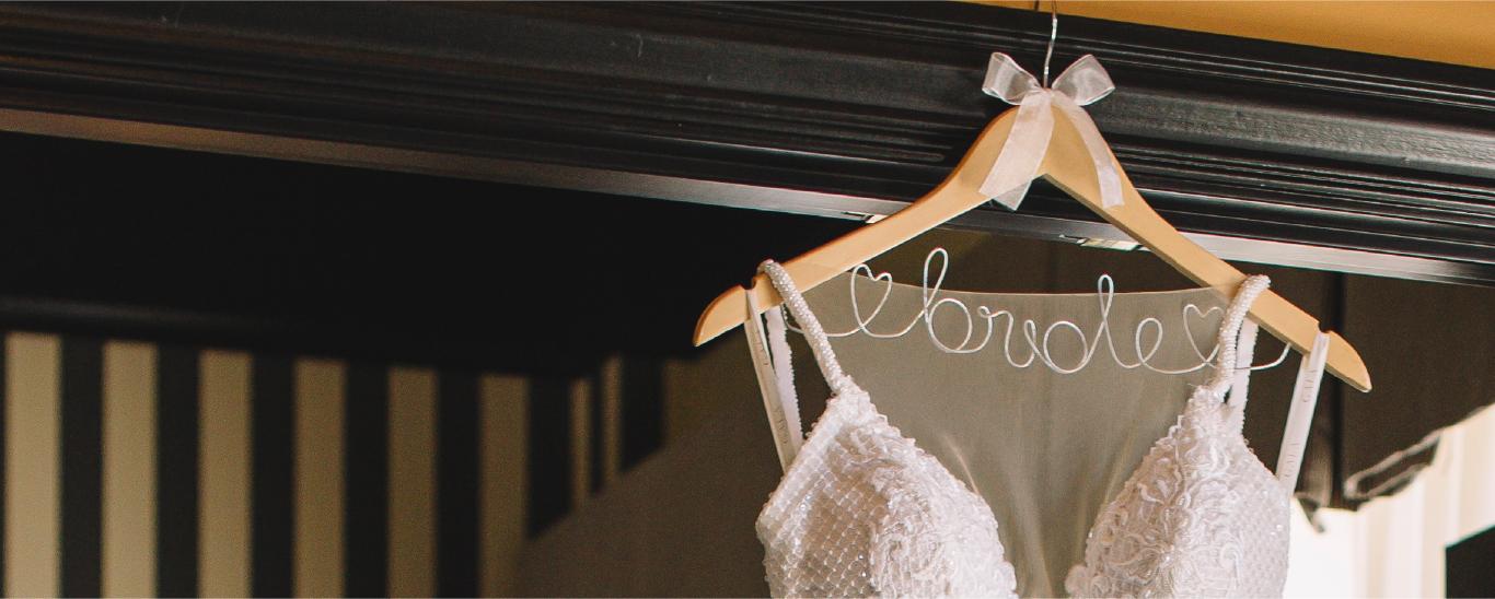 Miosa_wedding-dress-search_HI_01.png